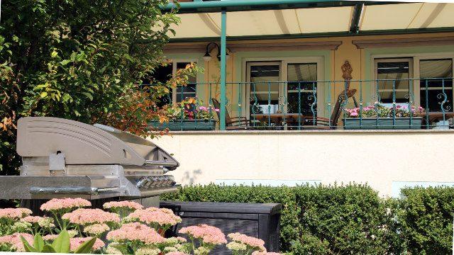 Terrasse mit Grill Linderhof Erfurt