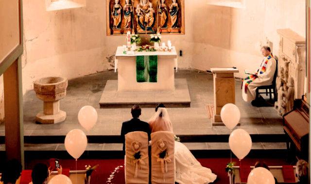 Heirat Kirche Linderbach