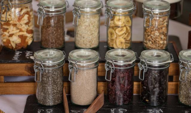 Nüsse und Samen zum Frühstück